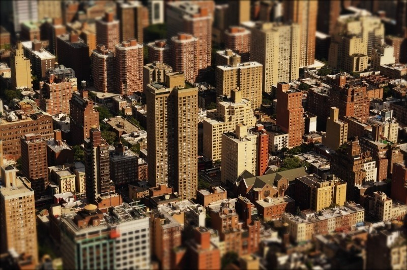 ناطحات السحاب في المدينة