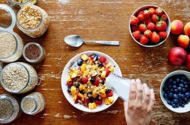أفكار وجبات إفطار للشعور بالشبع