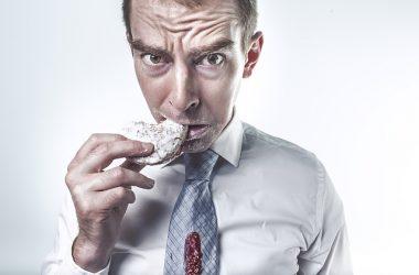 التفاعلات الكيميائية التي تحدث أثناء هضم الطعام