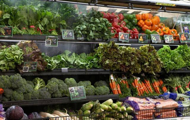 الفواكه والخضروات في تخفيف حدة البواسير