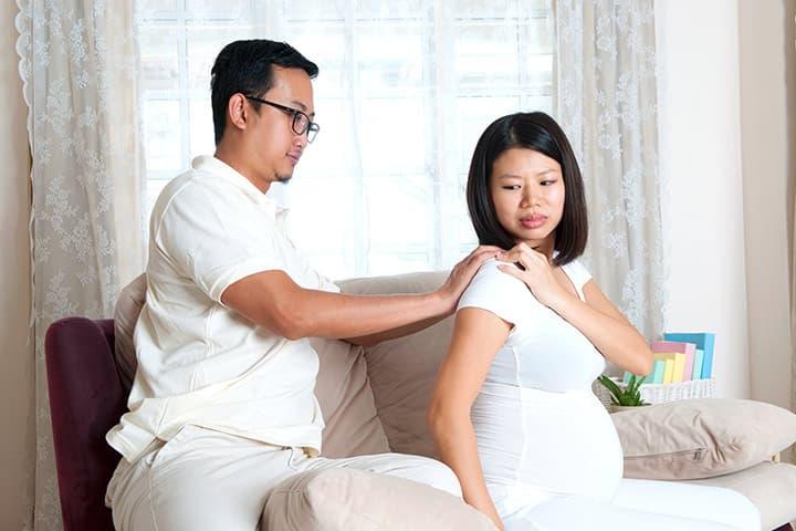 8 نصائح للتعامل مع آلام الكتف أثناء الحمل