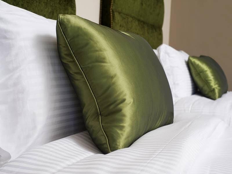 منع التجاعيد: كيفية منع التجاعيد أثناء النوم ليلا - تغيير الوسادة